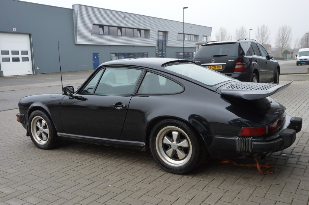 Porsche 911 3.0SC sunroof coupe matchingnumbers