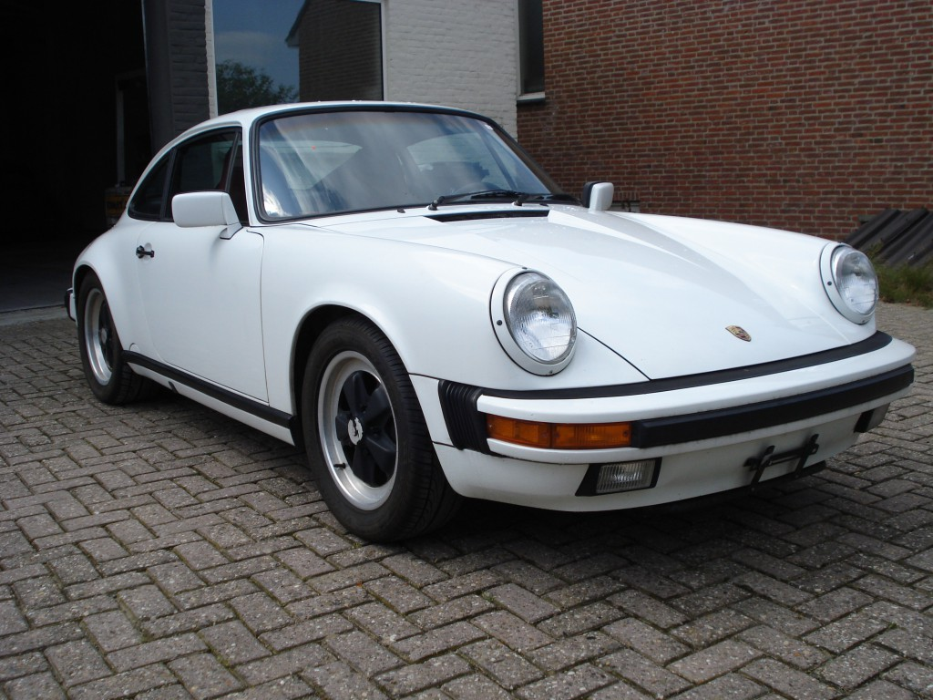 Porsche 911 carrera sunroof coupe 3.2 G50 Matching numbers