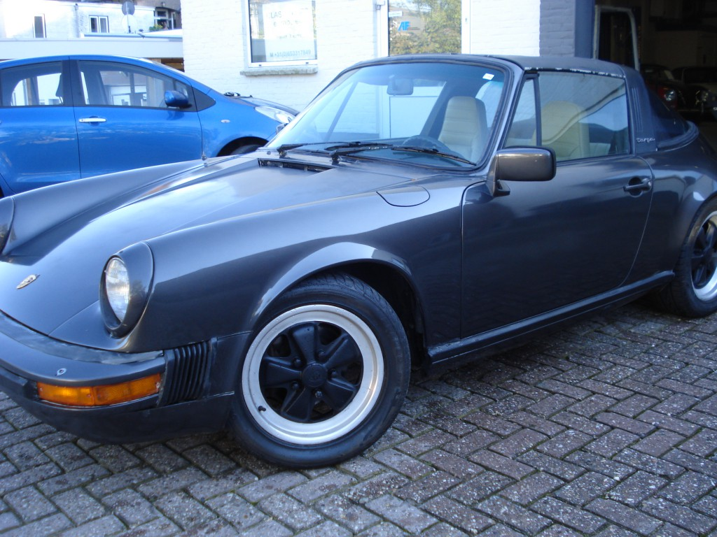 Porsche 911  3.0 SC Targa Matchingnumbers