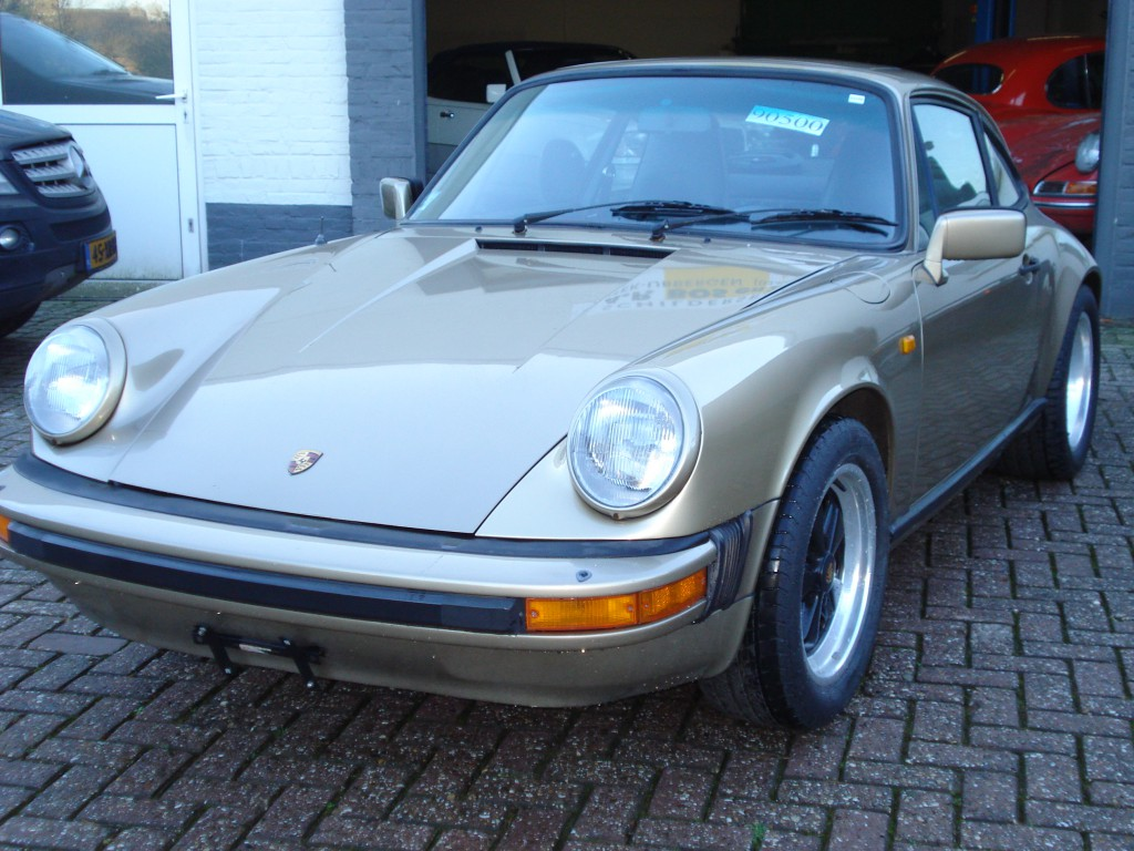 Porsche 911 3.0 SC Euromodel sunroof coupe Matchingnumbers