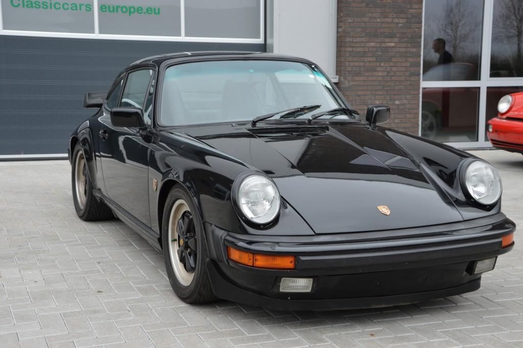 Porsche 911 Carrera 3.2 sunroof coupe Matchingnumbers